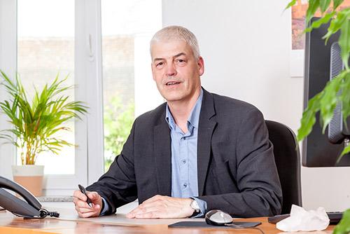 Reinhard Schuppeniess